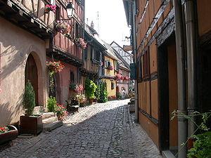 Eguisheim - Street in Eguisheim