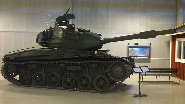 640px-Stridsvagn_74_01.jpg