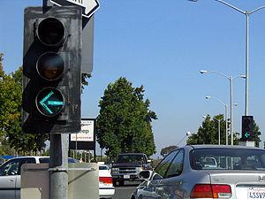Sunnyvale left turn light 2.jpg