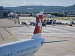 Swiss Airbus A320-131 - HB-IOH (ZRH) (19438501748).jpg