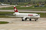 Swiss International Airlines A319 HB-IPY at LSZH (25952313514).jpg