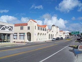 Arcade Hotel (Tarpon Springs, Florida) - Image: Tarpon Springs Arcade Hotel 03