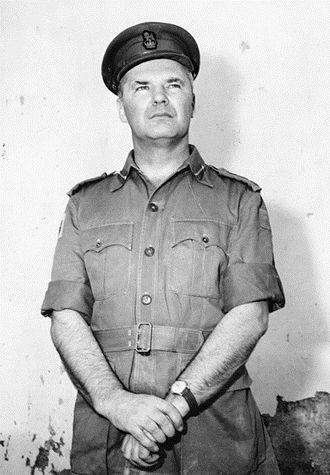 Ted Serong - Image: Ted Serong in 1962 (AWM P01508 001)