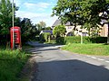 Telephone box, Chisbury - geograph.org.uk - 1469693.jpg