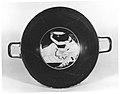 Terracotta kylix (drinking cup) MET 162149.jpg