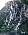 The 'seven sisters' waterfall in Geiranger - panoramio.jpg