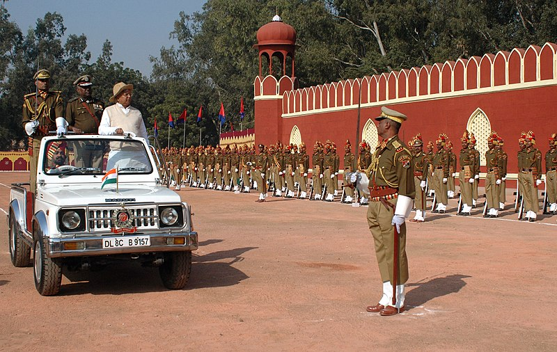 File:The Union Minister for Railways, Shri Lalu Prasad inspecting guard of honour at the Investiture Parade for Railway Protection Force (RPF), in New Delhi on December 13, 2008.jpg
