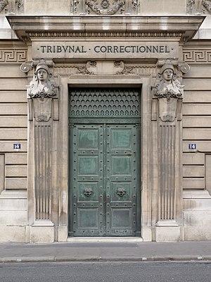 Tribunal de grande instance de Paris - Image: Tribunal correctionnel de Paris 2012