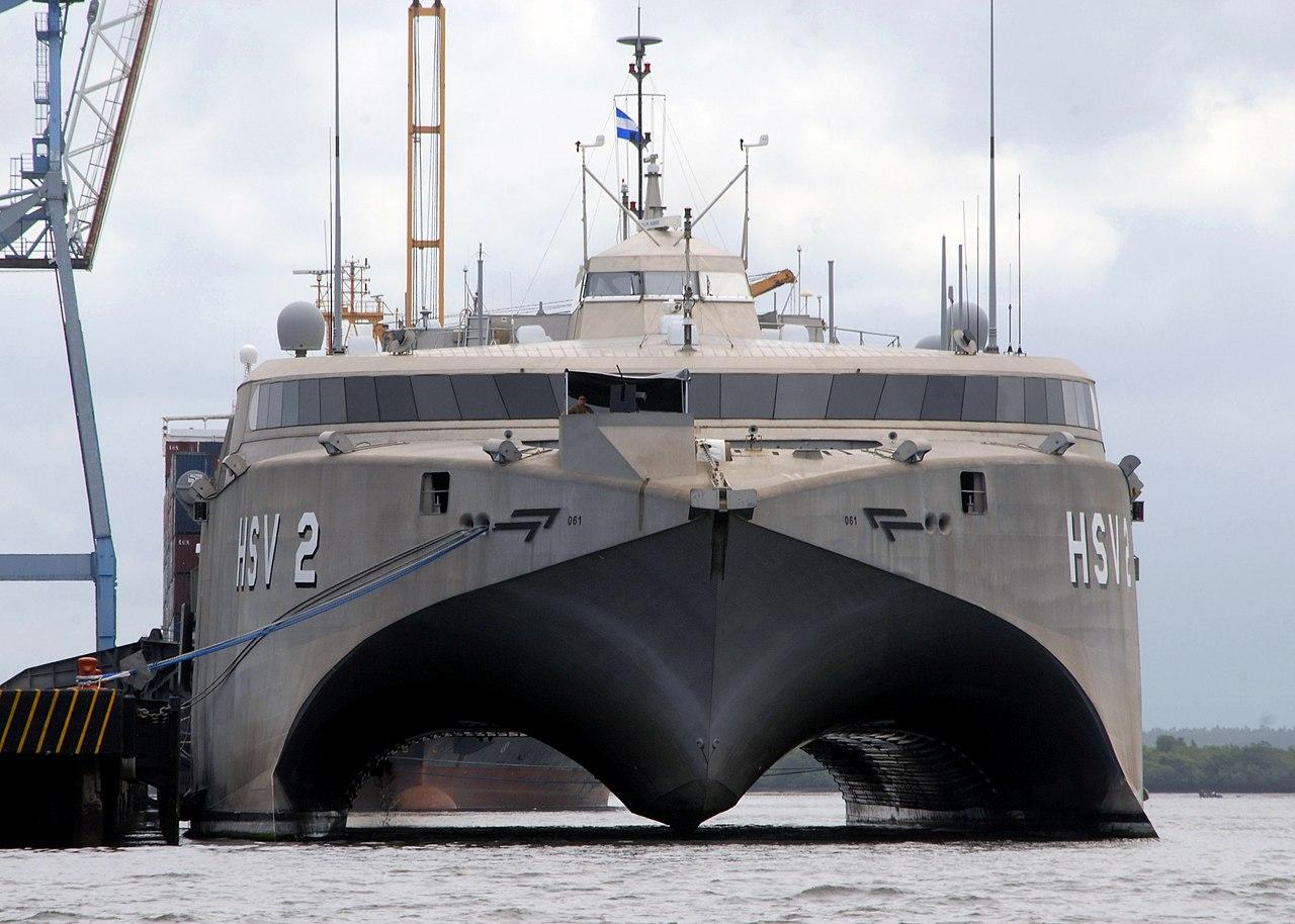 ... High Speed Vessel Swift (HSV 2) is moored in Corinto, Nicaragua.jpg