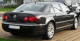 VW Phaeton 3.0 V6 rear.JPG