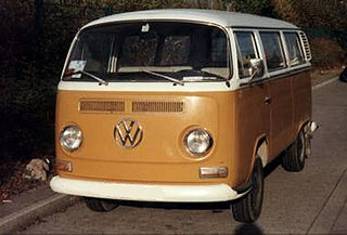 VW Type2 T2a Bus.jpg