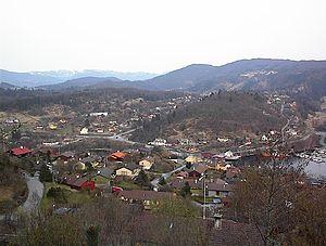 Valestrandfossen - View of the village