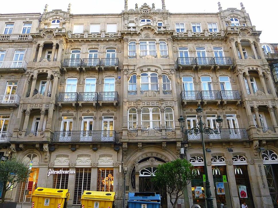 Vigo - Edificio de Camilo y Benigno Fernández 1