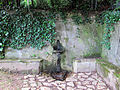 Villa san michele, giardino est, fontanella.JPG
