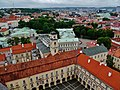 Vilnius Universitetas Šv. Jono Bažnycios Bokštas Blick auf die Lietuvos Respublikos Prezidento Kanceliarija 1.jpg