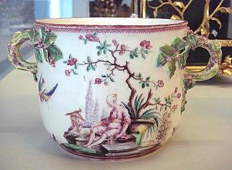 Vincennes porcelain - Vincennes soft porcelain seau, 1749-1753.