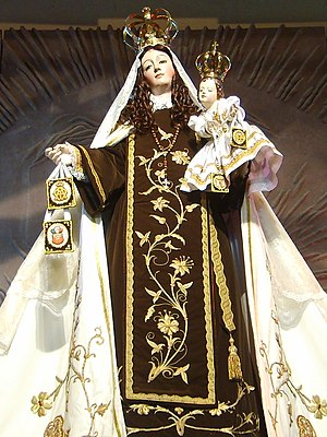 Scapular of Our Lady of Mount Carmel - Our Lady of Mount Carmel statue in Chile with a Brown Scapular
