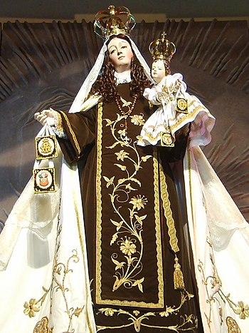 Español: Figura de la Virgen del Carmen de Chi...