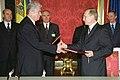 Vladimir Putin 19 November 2001-4.jpg