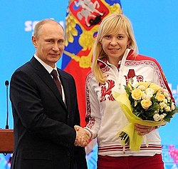 Vladimir Putin and Yuliya Skokova 24 February 2014.jpeg