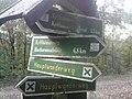 Wegweiser zwischen Kelbra und Kyffhaeuser (Kyffhaeuser-Denkmal 5,5 km).jpg