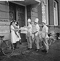 Wereldspaardag, feest in het Emmakinderziekenhuis te Amsterdam, Bestanddeelnr 914-4560.jpg