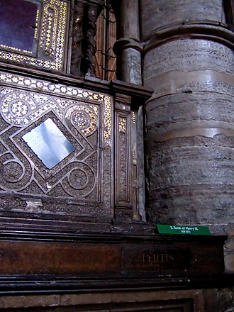 Italians in the United Kingdom - Medieval Italian craftsmanship at Westminster Abbey