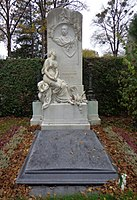 Wiener Zentralfriedhof - Gruppe 14A - Viktor Tilgner.jpg