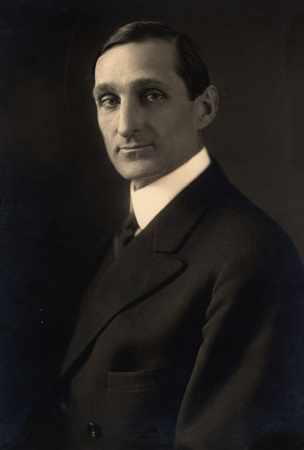 William Gibbs McAdoo, formal photo portrait, 1914