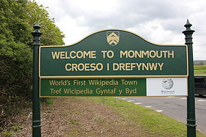 Monmouthpedia - Image: World's first Wikipedia town 5