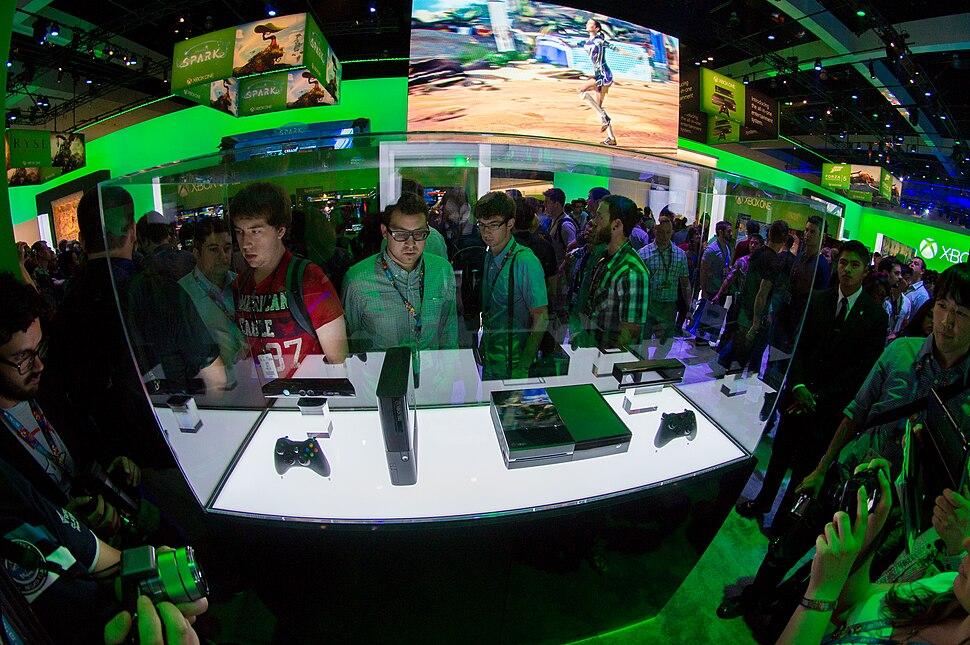Xbox 360 E and Xbox One - E3 2013