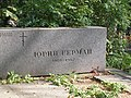 Yuri German tomb.jpg