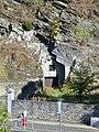 Zugemauerter Schieferstollen unterhalb der Burg Monschau.jpg