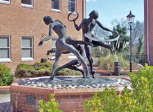 'The Tambourine Girls' sculpture by Charlotte Randall, in Camberley, Surrey - Geograph-3392086