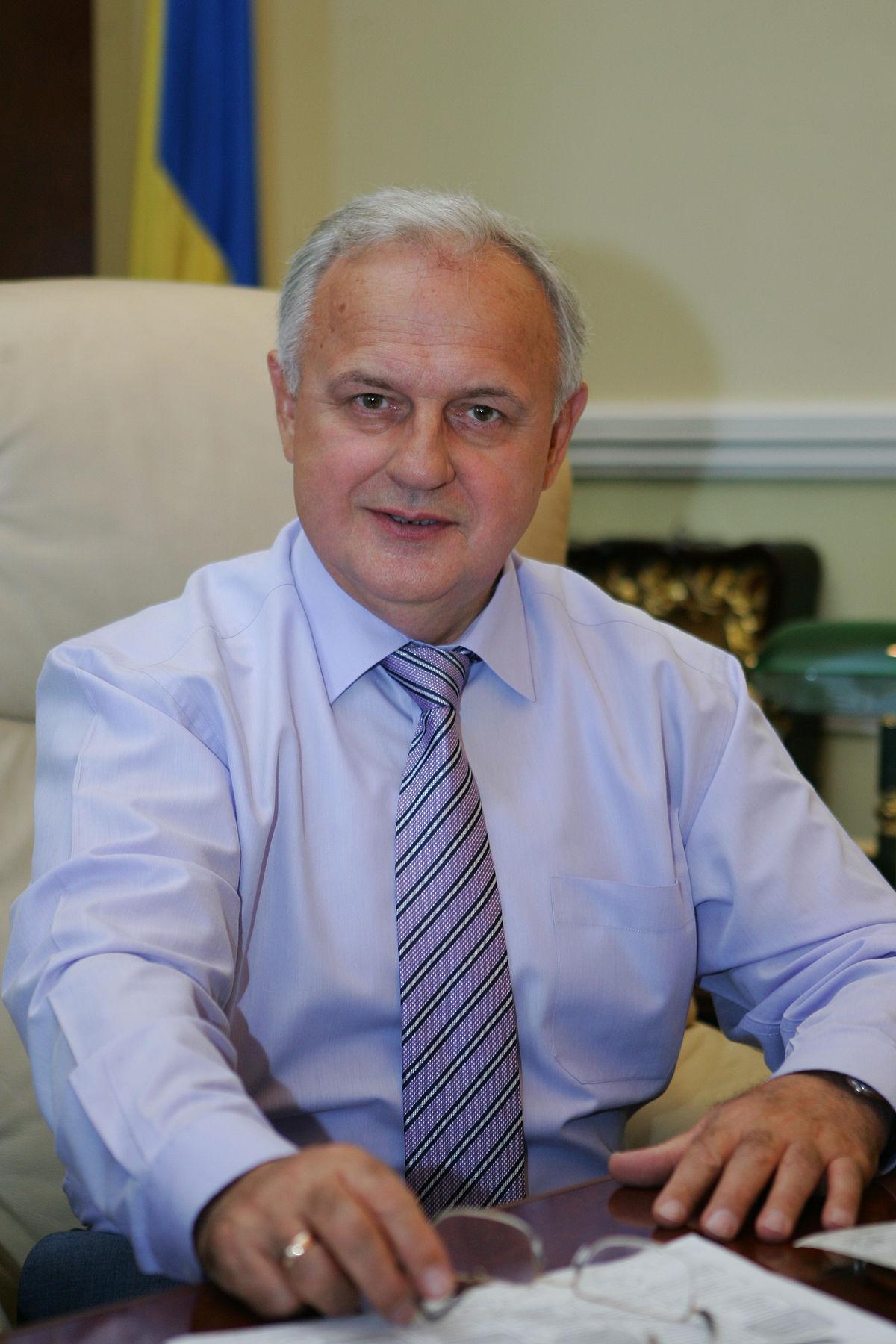 Анатолий близнюк член партии ррегионов
