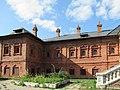 Крутицкое подворье, дворец митрополитов, южный фасад.jpg