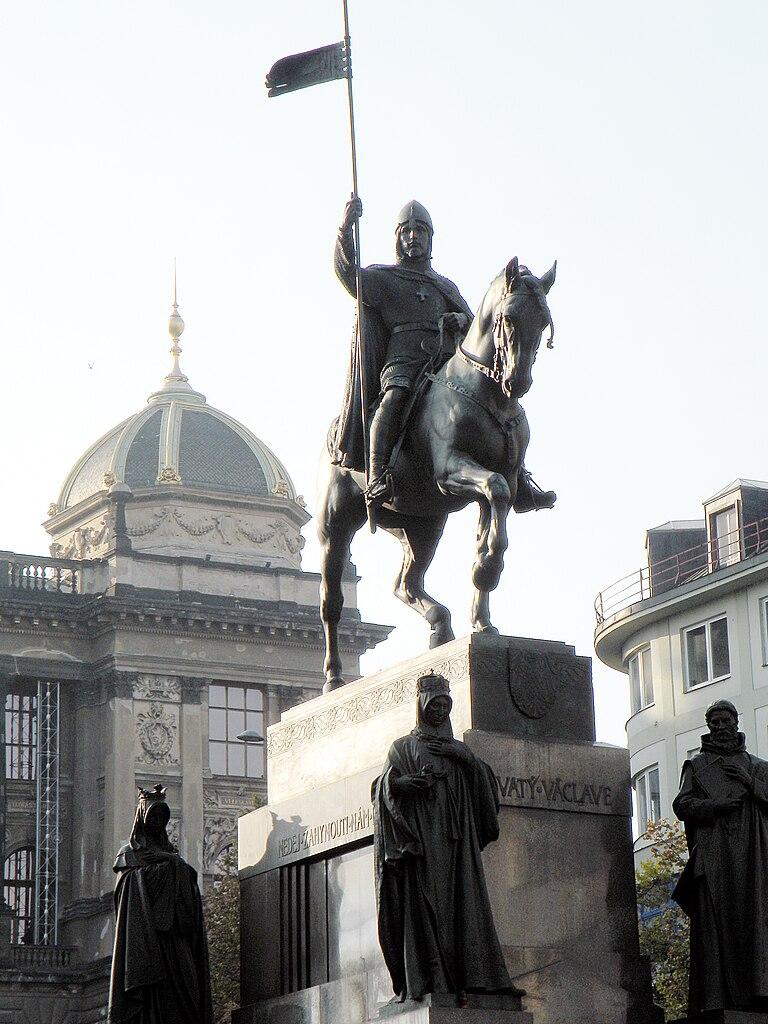 Statue du Roi Venceslas sur la place du même nom à Prague.