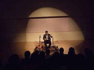 Mohsen Namjoo - Namjoo in concert in Illinois.