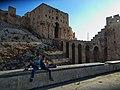 أمام قلعة حلب.jpg