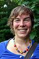 007b04c Pressekonferenz WasserKunst Zwischen Deich und Teich, die Künstlerin Constanze Prelle bot den Gästen Begleitung zu ihren Arbeiten TREIBGUT im Park vom Edelhof Ricklingen.jpg