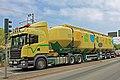 00 1124 Schwerer LkW mit Siloaufbauten.jpg