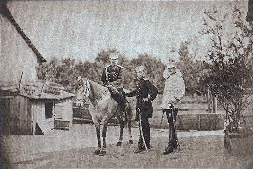 0180 Великий князь Сергей Александрович, принц Александр Баттенберг и полковник Скариалин в селе Пордим, сентябрь 1877