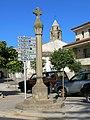 04 Creu de terme del Palau d'Anglesola i campanar de Sant Joan.JPG