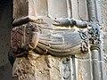 063 Sant Jeroni de la Murtra, capella de la Claraesperança, mènsula amb àngels.JPG