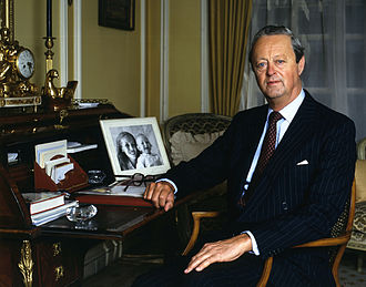 John Spencer-Churchill, 11th Duke of Marlborough - Portrait in 1984 by Allan Warren