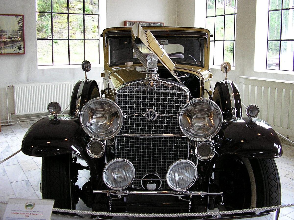 Cadillac V 12 Wikipedia 1930 Chevy Sedan Spare Tire Mount