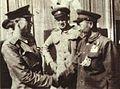 1950-10-全国战斗英雄拉多诺夫和邰喜德.jpg