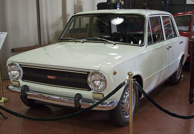 1976 Tofa%C5%9F Murat 124 (Ko%C3%A7).jpg