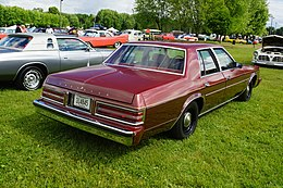 1979 Chrysler Newport (27489698795).jpg