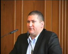 File:2008 09 conference on Scientology in Hamburg speaker Marc Headley part 1 of 3.ogv